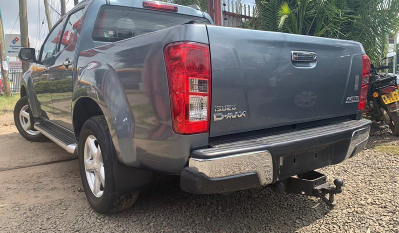 Foreign Used 2013 Isuzu D-MAX full